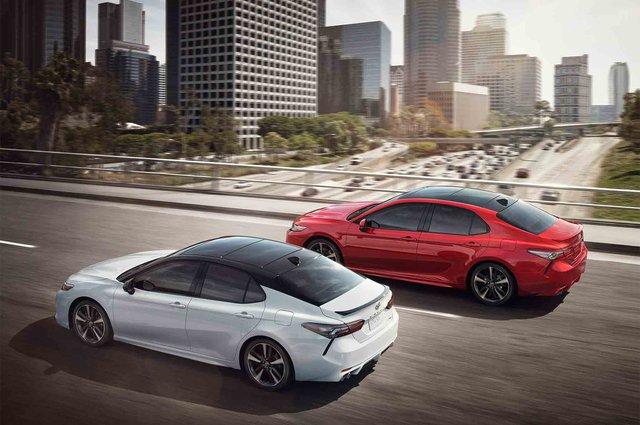 Toyota Camry 2018 có thể tránh được tai nạn ở vận tốc 40 km/h - Ảnh 1.