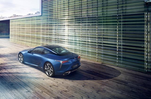 Lexus LC 2018 mang màu sơn đặc biệt được phát triển trong suốt 15 năm - Ảnh 3.