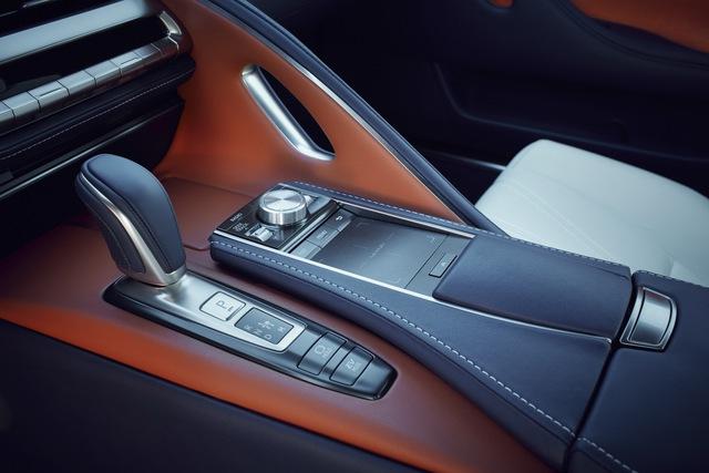 Lexus LC 2018 mang màu sơn đặc biệt được phát triển trong suốt 15 năm - Ảnh 6.
