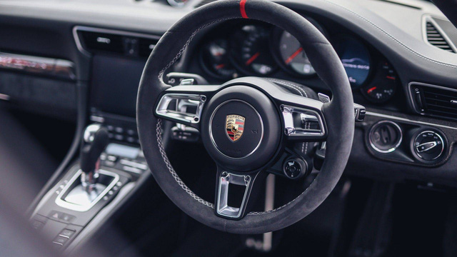 911 GTS British Legends Edition - Xe tôn vinh những chiến thắng lịch sử của Porsche - Ảnh 8.