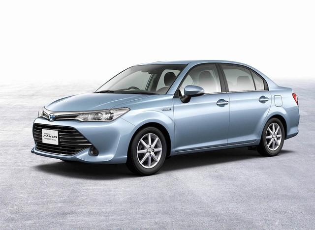 Rò rỉ hình ảnh của Toyota Corolla 2018 với thiết kế khác xe ở Việt Nam - Ảnh 2.