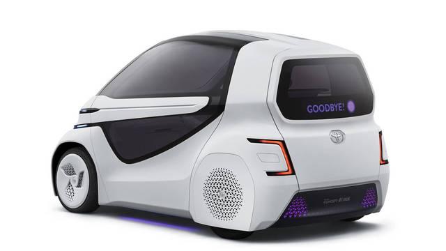 Toyota Concept-i Ride - Xe nhỏ nhất thế giới được trang bị cửa cánh chim - Ảnh 3.