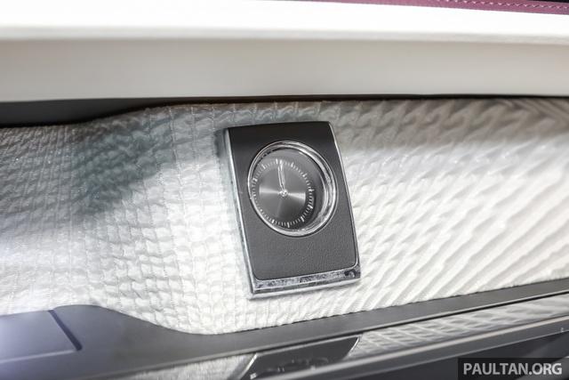 Xe siêu sang Rolls-Royce Phantom 2018 ra mắt Đông Nam Á với giá chưa thuế từ 11,8 tỷ Đồng - Ảnh 11.