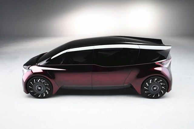 Toyota Fine-Comfort Vehicle: Trông như xe minivan nhưng lại được gọi là sedan cao cấp - Ảnh 4.