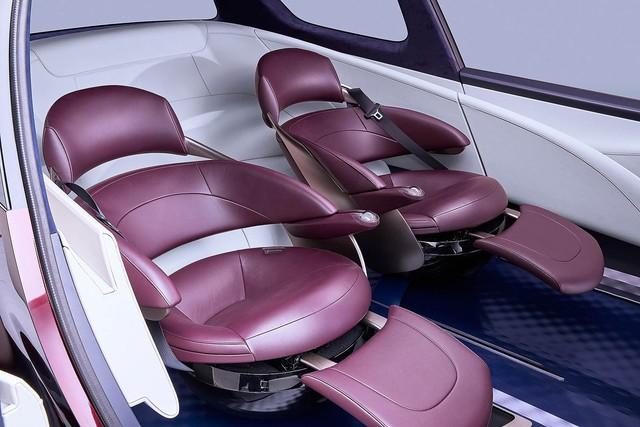 Toyota Fine-Comfort Vehicle: Trông như xe minivan nhưng lại được gọi là sedan cao cấp - Ảnh 7.