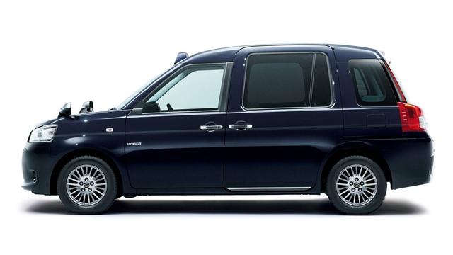 Toyota JPN Taxi - Xe taxi chuyên dụng giá cao - Ảnh 2.