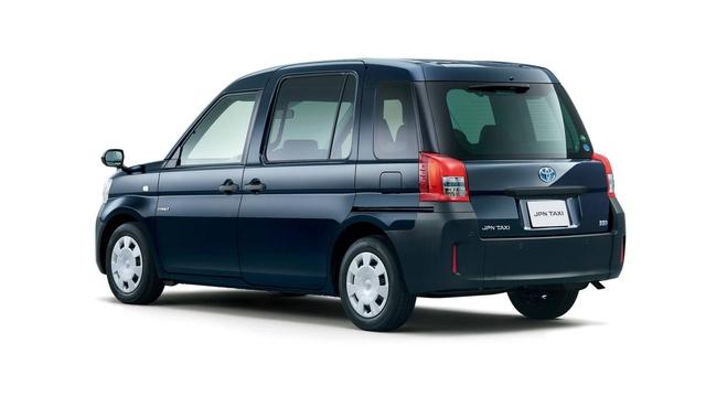 Toyota JPN Taxi - Xe taxi chuyên dụng giá cao - Ảnh 3.