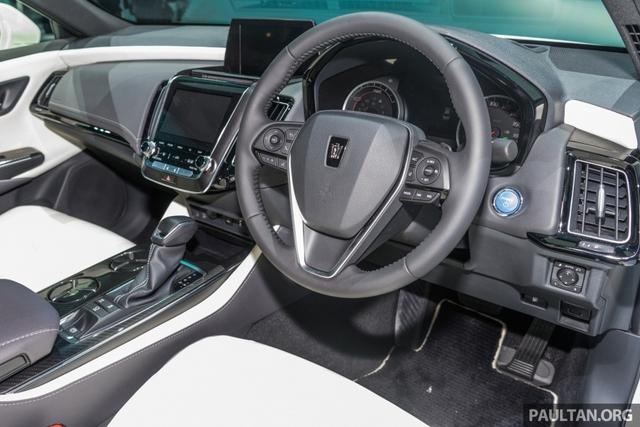Sedan hạng sang cỡ lớn Toyota Crown Concept ra mắt tại quê nhà - Ảnh 10.
