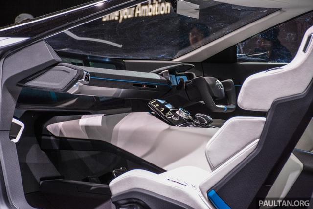 SUV công nghệ cao Mitsubishi e-Evolution Concept được vén màn - Ảnh 7.