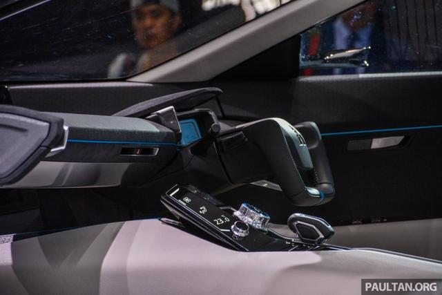 SUV công nghệ cao Mitsubishi e-Evolution Concept được vén màn - Ảnh 9.