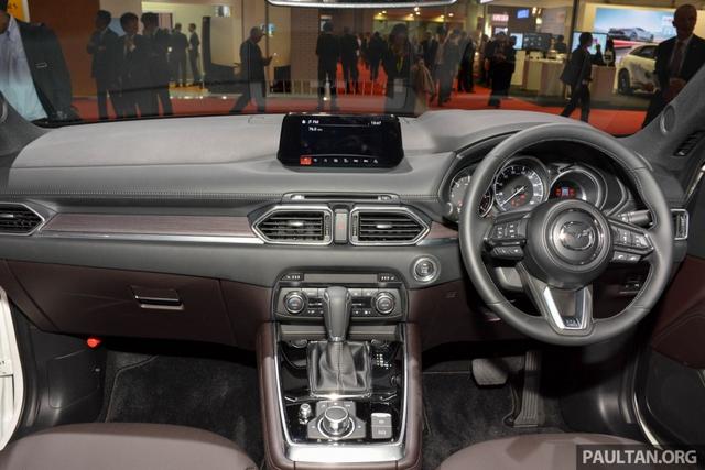 Mục sở thị vẻ đẹp ngoài đời thực của crossover 3 hàng ghế Mazda CX-8 mới - Ảnh 7.