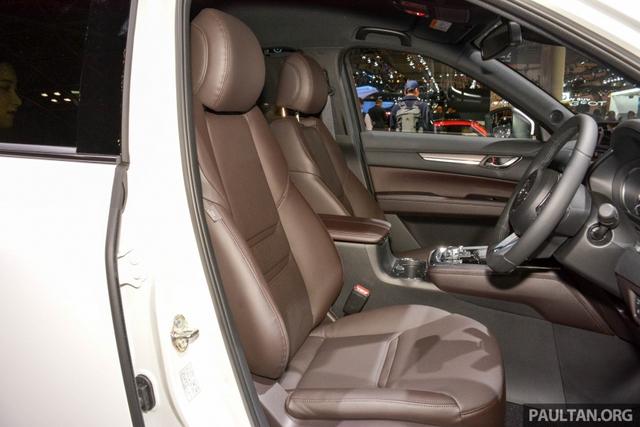 Mục sở thị vẻ đẹp ngoài đời thực của crossover 3 hàng ghế Mazda CX-8 mới - Ảnh 8.