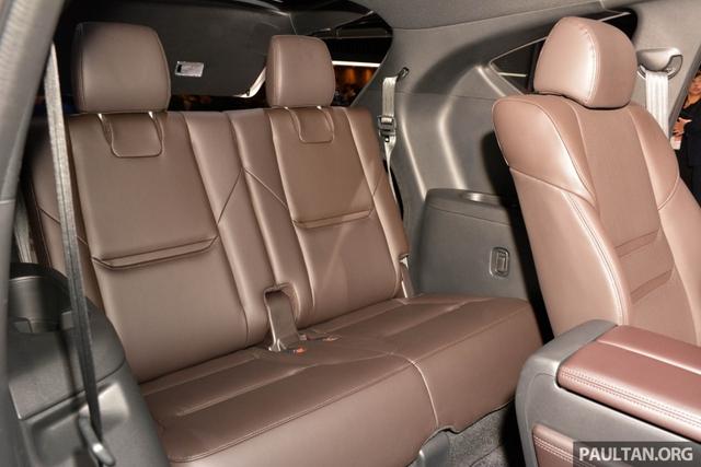 Mục sở thị vẻ đẹp ngoài đời thực của crossover 3 hàng ghế Mazda CX-8 mới - Ảnh 10.