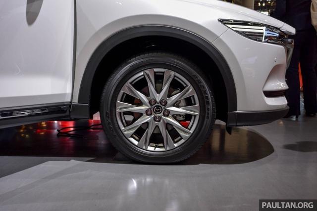 Mục sở thị vẻ đẹp ngoài đời thực của crossover 3 hàng ghế Mazda CX-8 mới - Ảnh 14.