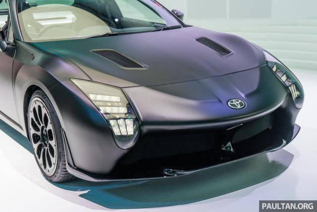 Ngắm Toyota GR HV Sports - phiên bản mui trần của xe từng ế nhất Việt Nam - bằng xương, bằng thịt - Ảnh 4.