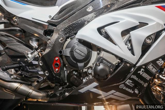 Mô tô siêu nhẹ và công nghệ cao BMW HP4 Race có mặt tại Đông Nam Á, giá từ 2,8 tỷ Đồng - Ảnh 6.