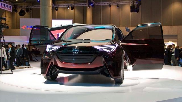 Gặp gỡ Toyota Fine-Comfort Ride - mẫu xe bẻ cong định nghĩa sedan truyền thống - Ảnh 1.