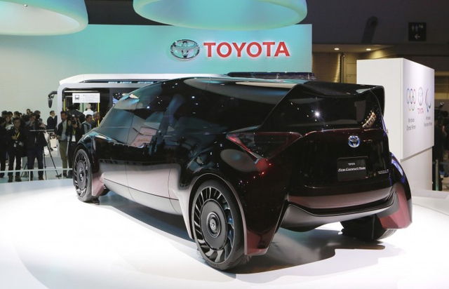 Gặp gỡ Toyota Fine-Comfort Ride - mẫu xe bẻ cong định nghĩa sedan truyền thống - Ảnh 3.
