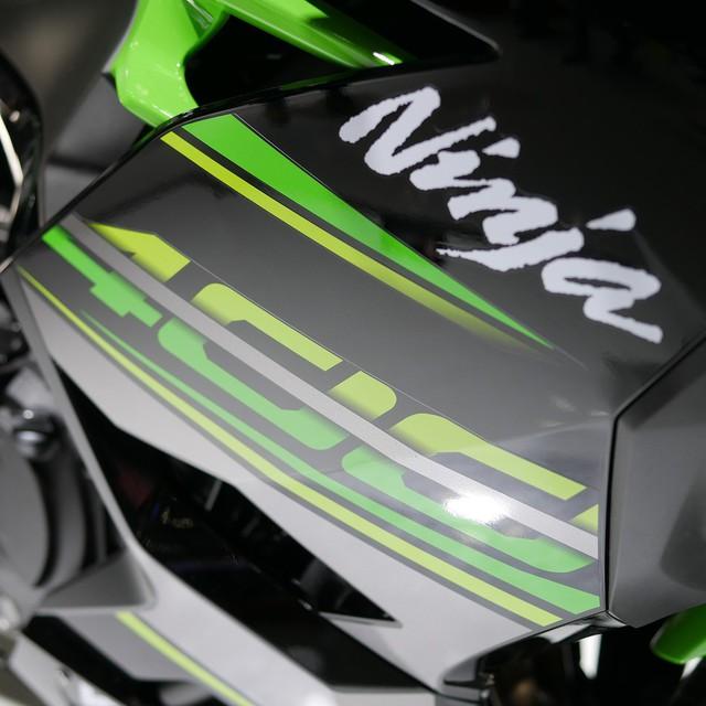 Cận cảnh thiết kế bằng xương, bằng thịt của Kawasaki Ninja 400 2018 mới ra mắt - Ảnh 4.