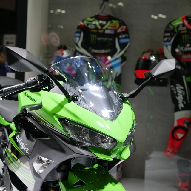 Cận cảnh thiết kế bằng xương, bằng thịt của Kawasaki Ninja 400 2018 mới ra mắt - Ảnh 5.