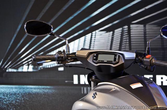 Xe cruiser bình dân Suzuki Intruder 150 chính thức trình làng, giá chỉ 1.515 USD - Ảnh 7.