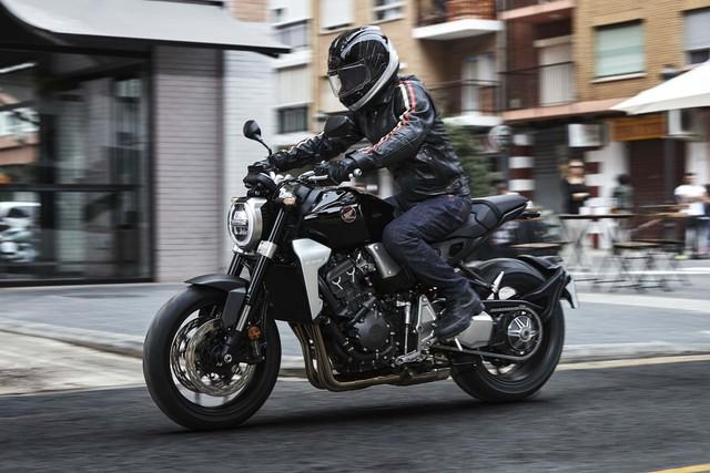 Honda CB1000R 2018 ra mắt với thiết kế của Neo Sport Café và động cơ mạnh hơn - Ảnh 3.