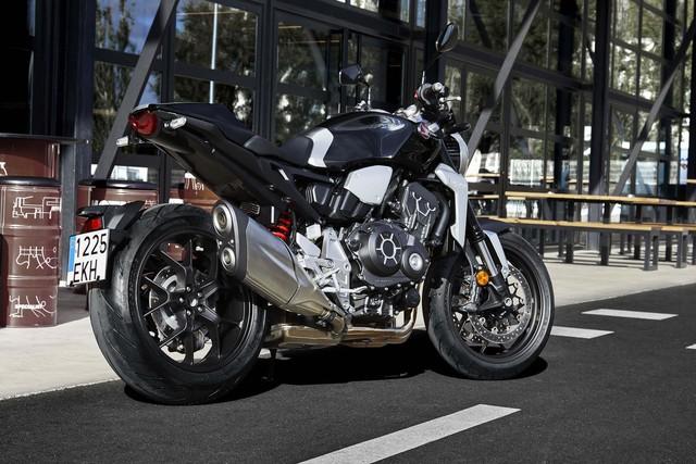 Honda CB1000R 2018 ra mắt với thiết kế của Neo Sport Café và động cơ mạnh hơn - Ảnh 4.