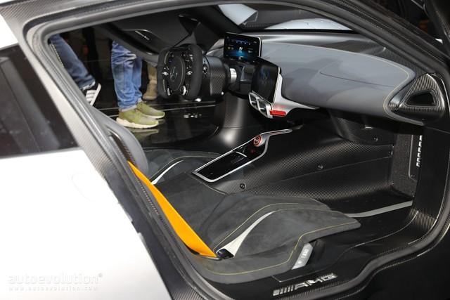 Chưa được phát triển xong, cực phẩm Mercedes-AMG Project One đã đội giá trên thị trường - Ảnh 4.