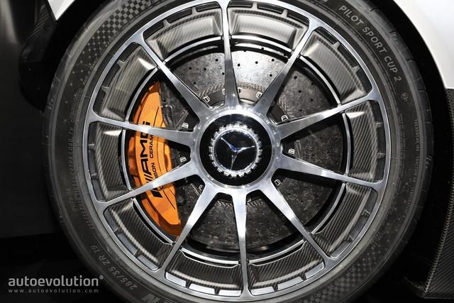 Chưa được phát triển xong, cực phẩm Mercedes-AMG Project One đã đội giá trên thị trường - Ảnh 5.