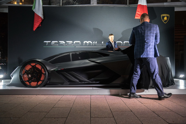 Chiêm ngưỡng vẻ đẹp bằng xương, bằng thịt của siêu phẩm Lamborghini Terzo Millennio mới ra mắt - Ảnh 2.