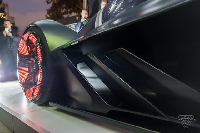 Chiêm ngưỡng vẻ đẹp bằng xương, bằng thịt của siêu phẩm Lamborghini Terzo Millennio mới ra mắt - Ảnh 7.