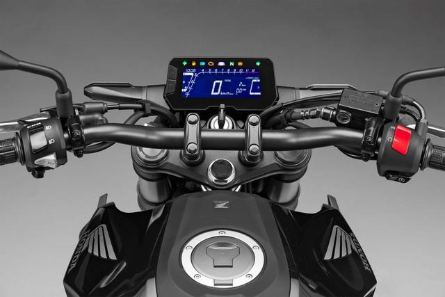 Honda CB300R 2018 - Đối thủ mới dành cho Kawasaki Z300 và Yamaha MT-03 - Ảnh 10.