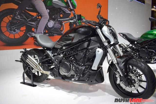 Benelli 402S - Xe cruiser mới với kiểu dáng na ná Ducati XDiavel - Ảnh 2.