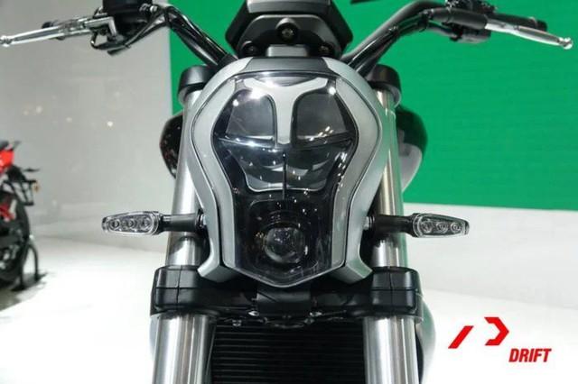 Benelli 402S - Xe cruiser mới với kiểu dáng na ná Ducati XDiavel - Ảnh 3.