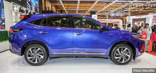 Chi tiết SUV 5 chỗ Toyota Harrier 2018 tại Malaysia, không còn là phiên bản giá rẻ của Lexus RX - Ảnh 3.