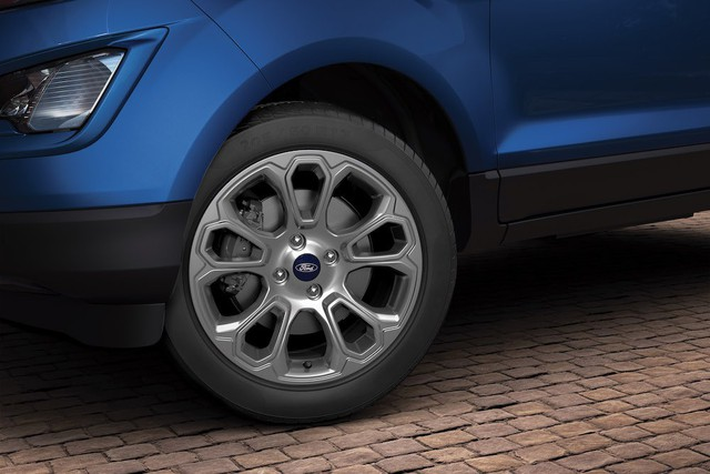 Ford EcoSport 2018 ra mắt Ấn Độ với giá hấp dẫn - Ảnh 2.