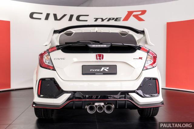 Honda Civic Type R 2017 vừa ra mắt Malaysia đã vượt doanh số mong đợi - Ảnh 6.