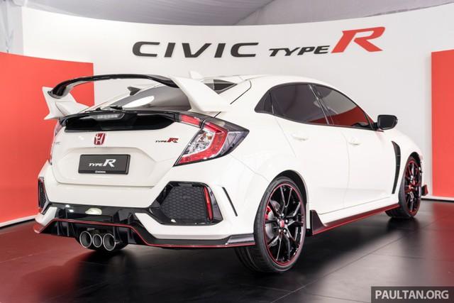 Honda Civic Type R 2017 vừa ra mắt Malaysia đã vượt doanh số mong đợi - Ảnh 7.
