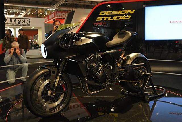 Chiêm ngưỡng vẻ đẹp của Honda CB4 Interceptor - xe café racer đến từ tương lai - Ảnh 3.