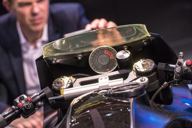 Chiêm ngưỡng vẻ đẹp của Honda CB4 Interceptor - xe café racer đến từ tương lai - Ảnh 12.