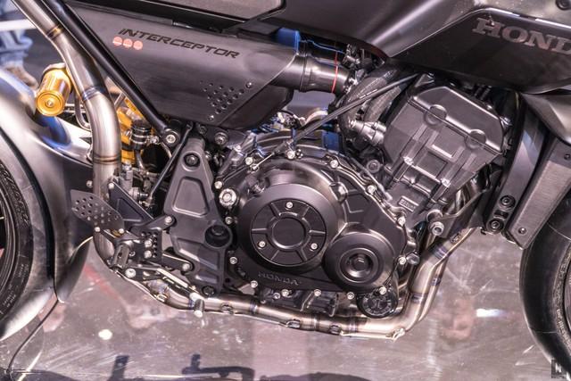 Chiêm ngưỡng vẻ đẹp của Honda CB4 Interceptor - xe café racer đến từ tương lai - Ảnh 14.