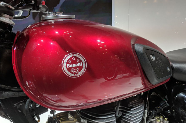 Benelli Imperiale 400 - Xe cruiser cho những người thích phong cách cổ điển - Ảnh 10.