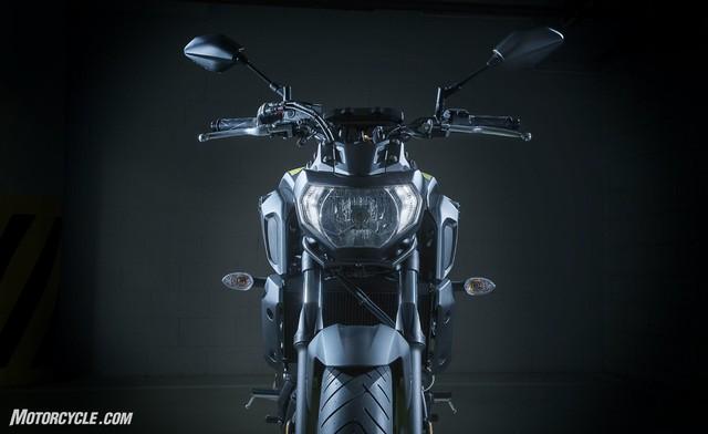 Yamaha MT-07 2018: Thay đổi nhẹ, giá cao hơn - Ảnh 1.
