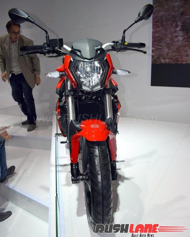 Benelli BN125 - Naked bike cho người mới chơi mô tô - Ảnh 2.