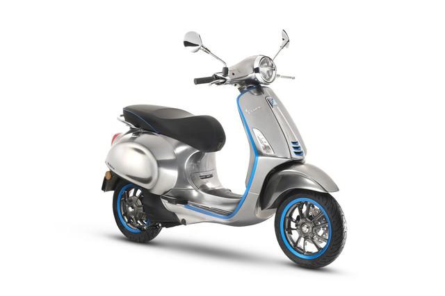 Xe tay ga Vespa chạy điện sẽ được bán ra vào năm sau - Ảnh 2.