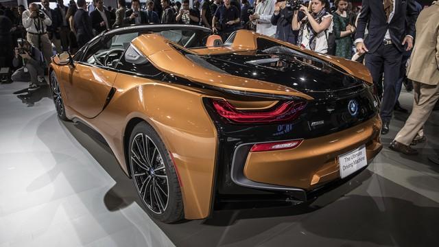 BMW i8 Roadster chính thức trình làng, bổ sung thêm sức mạnh - Ảnh 6.