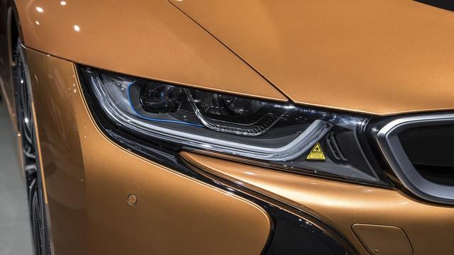 BMW i8 Roadster chính thức trình làng, bổ sung thêm sức mạnh - Ảnh 9.