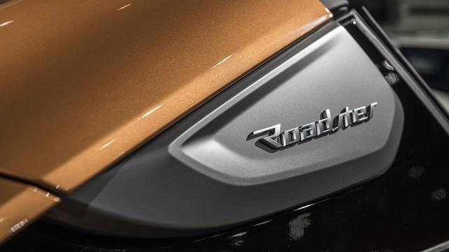 BMW i8 Roadster chính thức trình làng, bổ sung thêm sức mạnh - Ảnh 11.