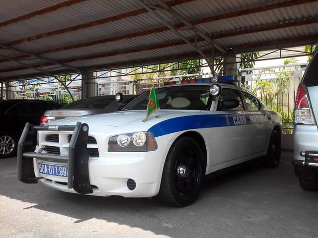 Xe cảnh sát Dodge Charger phục vụ APEC tại Đà Nẵng - Ảnh 2.