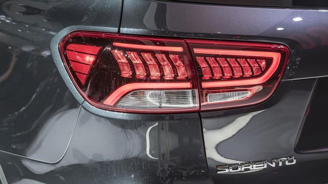 Kia Sorento 2019 chính thức ra mắt, bỏ động cơ tăng áp - Ảnh 12.